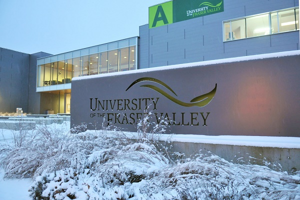Regional Entrance Scholarship at University of the Fraser Valley in Canada 2021